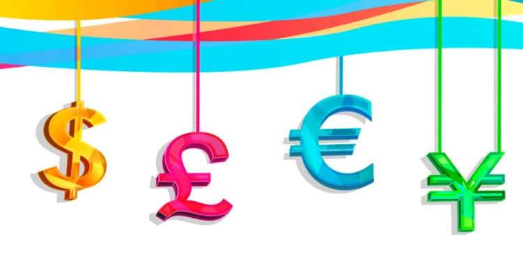 Dollar, Euro, Yuan Struggle As Pound Shines